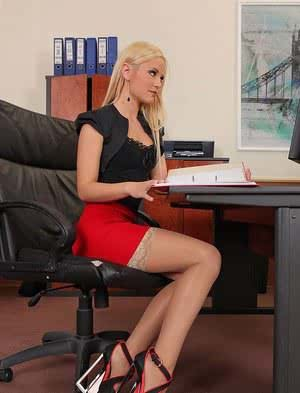 Leggy stocking and high heeled blond in skirt taking hardcore sex in office