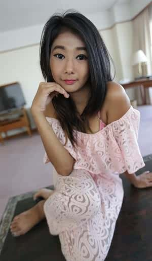 Cute girl from Thailand takes off her clothes to launch nude modeling career